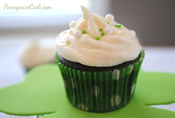 Green Velvet Cupcakes 3 Green Velvet Cupcakes with Irish Creme Buttercream Frosting