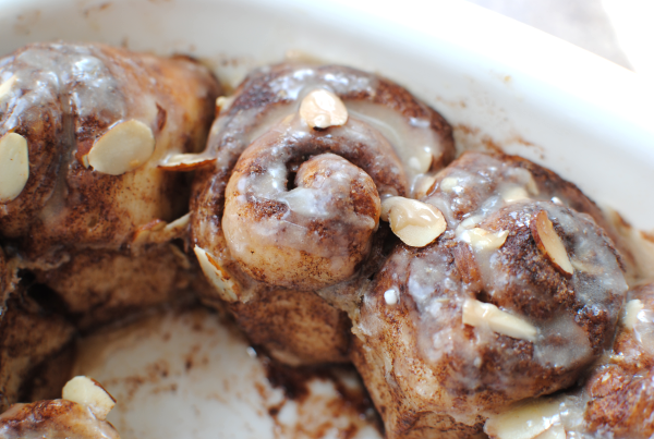 Cinnamon Rolls from Biscuits 2 {Kitchen Tip} Cinnamon Rolls from Plain Biscuits