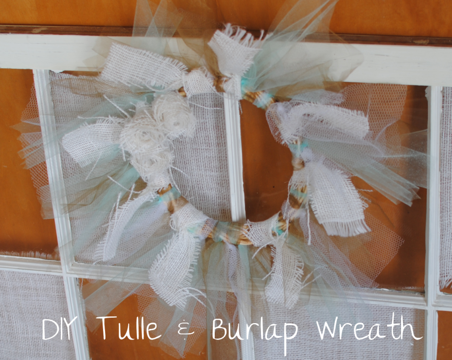 Tulle and Burlap Wreath 3 DIY Tulle and Burlap Wreath
