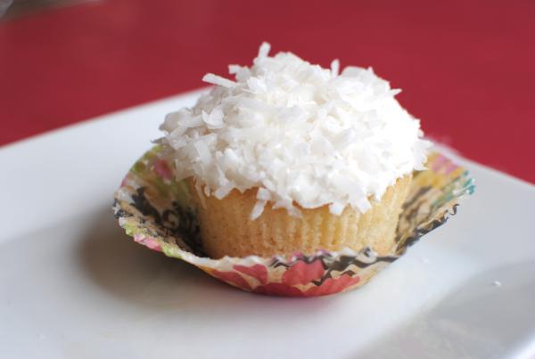 Coconut Poke Cupcakes 1 Coconut Poke Cupcakes