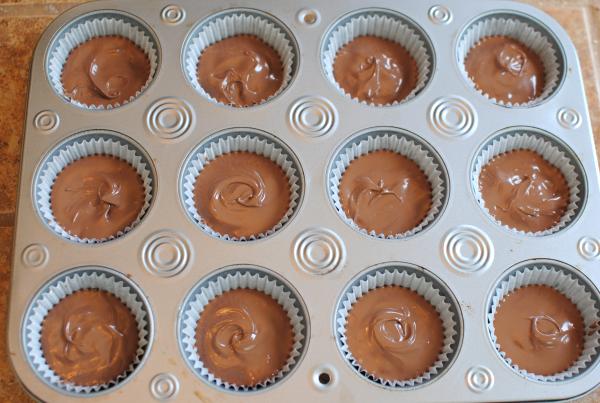 Homemade Peanut Butter Cups 5 CandyBar Week: Homemade Peanut Butter Cups