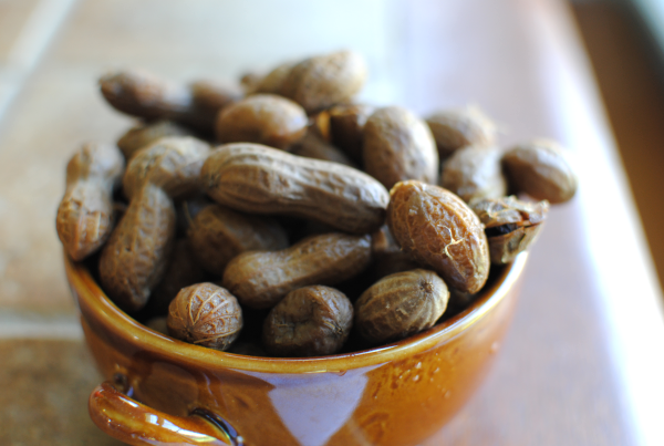 Hot Boiled Peanuts 1 Hot Boiled Peanuts: Its a Southern Thang