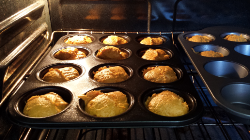 Muffins in the Oven 2 Ingredient Pumpkin Muffins