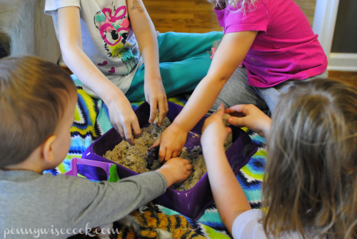 Kinetic Sand Play #DisneyKids Preschool Playdate!